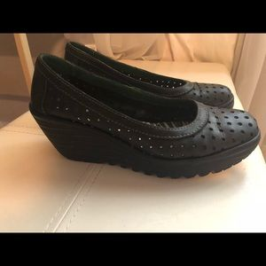 Fly London Black Leather Wedge Size 40